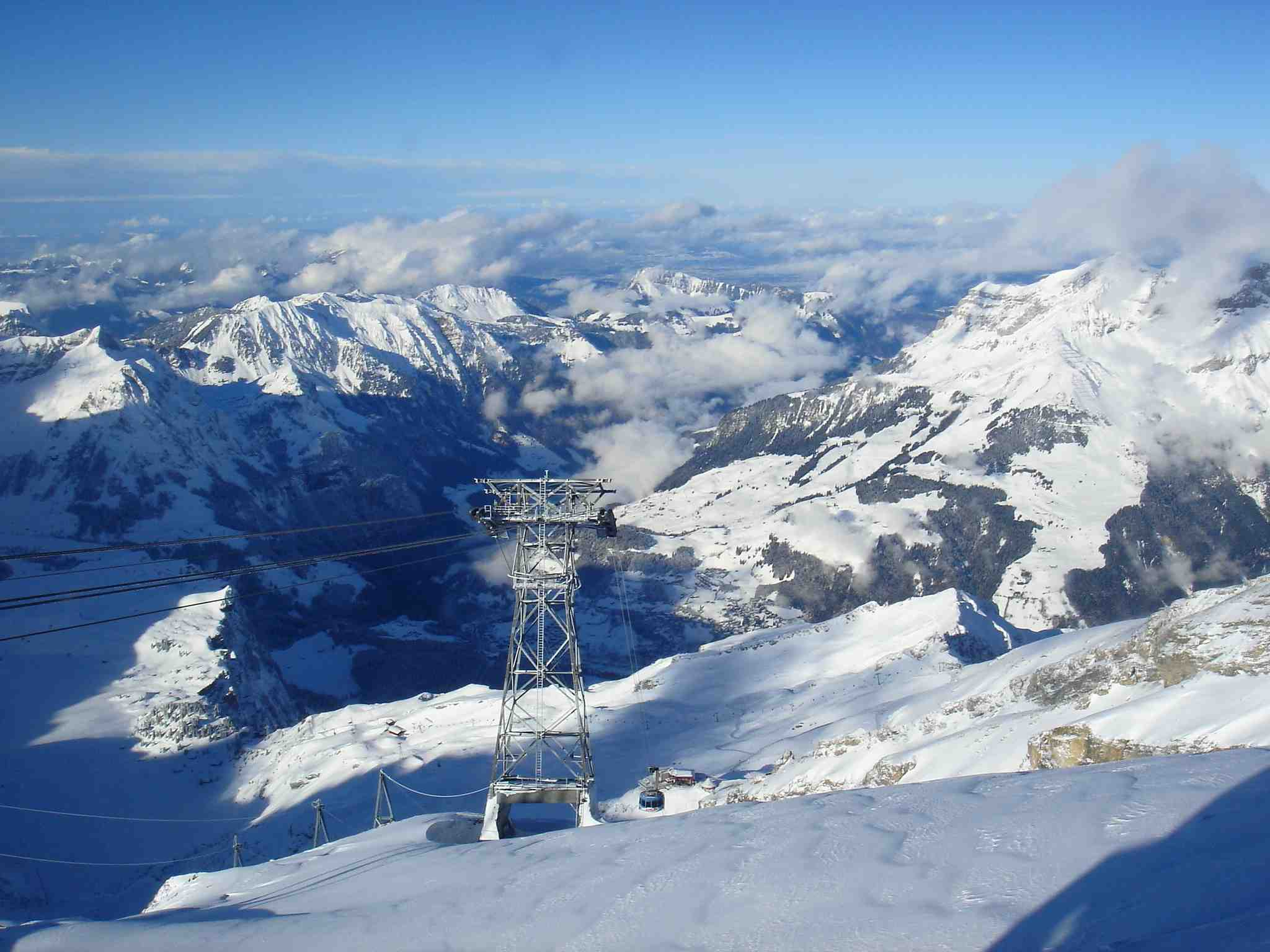 世界最漂亮的风景囹�a_世界上最大的山系是a.阿尔卑斯山系b.科迪勒拉山系 c.